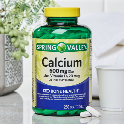 Picture of Spring Valley Calcium 600 mg plus Vitamin D3 20 mcg Coated Tablets 250 Count
