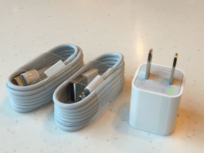 Picture of Apple iPhone 6/6S/6+/5S/5C Wall Charger + 2 USB Lightning Cables