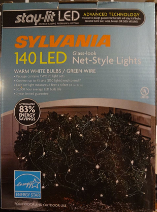 Picture of Sylvania 140 led glass-look net-style lights warm white bulbs/green wire