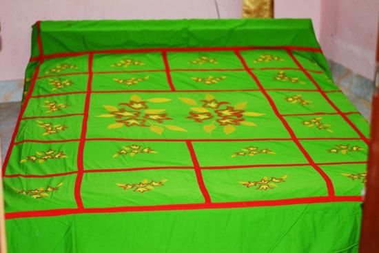 Red stripe green Bed Sheet